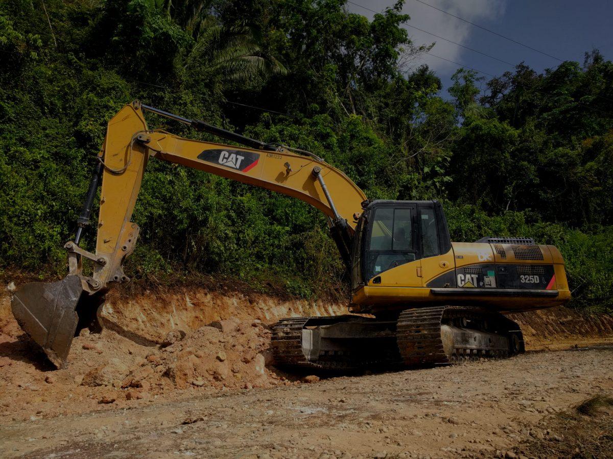 caterpillar 325d excavator belize road construction